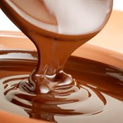 additional image for 6kg Liquid Milk Hazelnut Chocolate