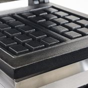 additional image for JM Posner Waffle Maker with Free Case of Waffle Mix